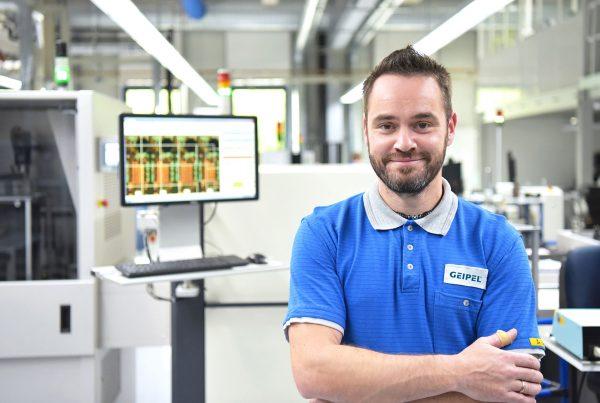 Technische Arbeitskraft für den Bereich Metalldecken